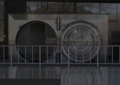 Bank_of_the_West_Los_Altos_branch_vault